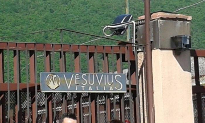 """Chiusura Vesuvius: """"Iampieri e Alfonsi invitano la Regione a trovare una soluzione per salvaguardare i posti a rischio"""""""