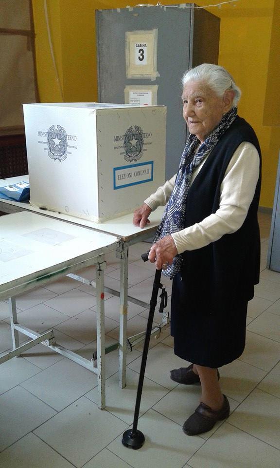 Votare a 100 anni: l'esempio della signora Rosaria
