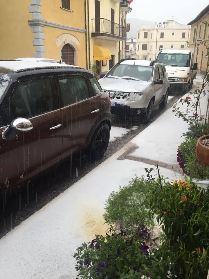 Neve in quota in Abruzzo: Gran Sasso imbiancato a metà giugno