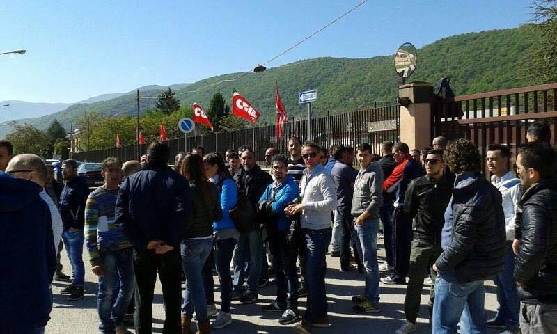 È ufficiale: chiude la Vesuvius, oltre 100 persone a casa