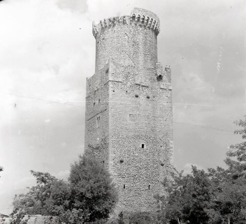 Correva l'anno 999 d.C., nella torre di Trasacco si celebravano processi