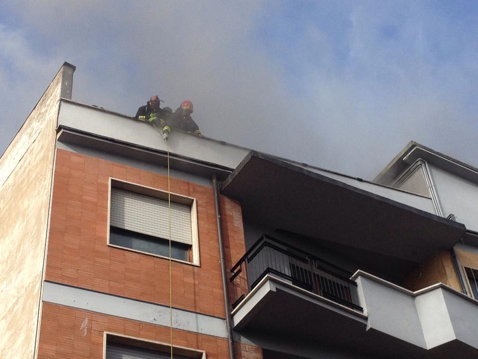 Abitazione in fiamme ad Avezzano