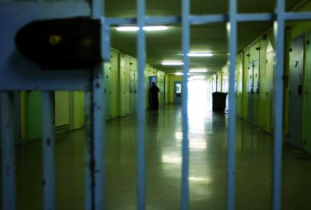 Carcere di Sulmona: 200 detenuti, con pene tra 20-30 anni, alla ricerca del perdono e della riconciliazione tra Bibbia, buddismo e idea di felicità
