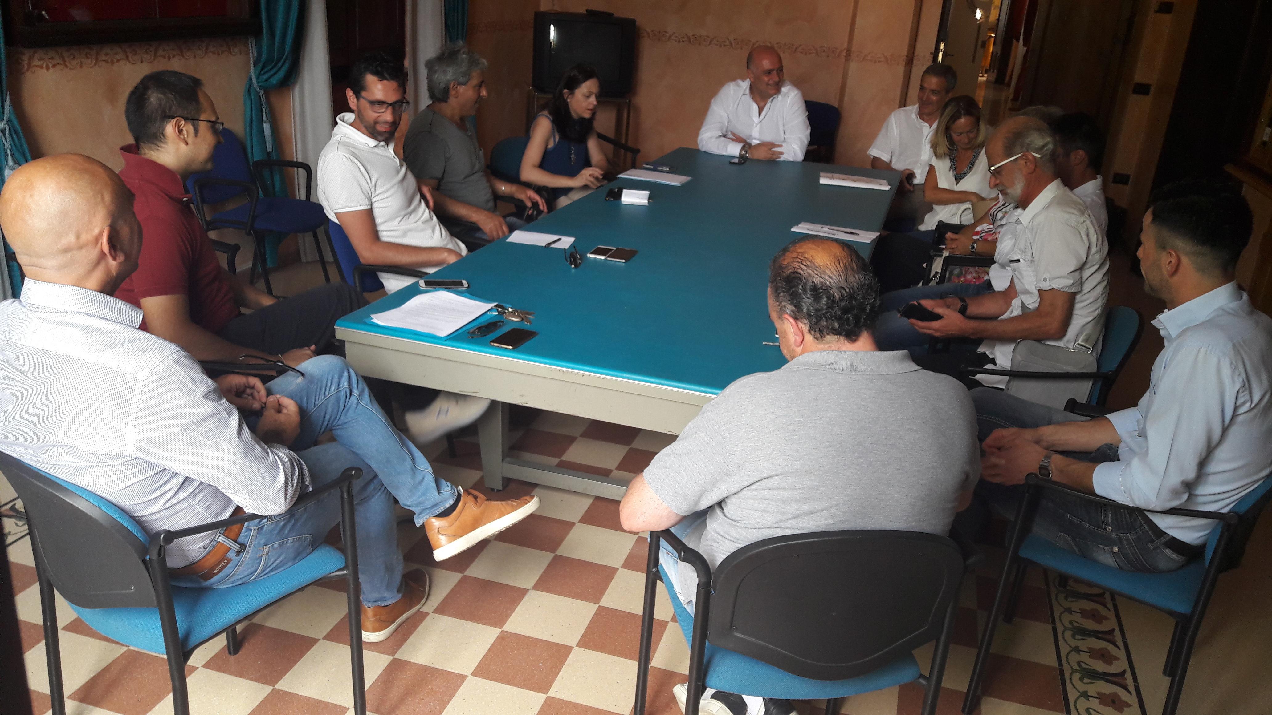 Abruzzo include, al via il progetto per 100 tirocini lavorativi. Circa 40 finanziati con il taglio delle spese dello staff del sindaco di Avezzano