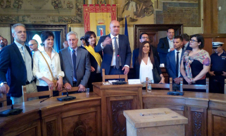 Comune di Avezzano, ecco le deleghe della nuova giunta targata De Angelis
