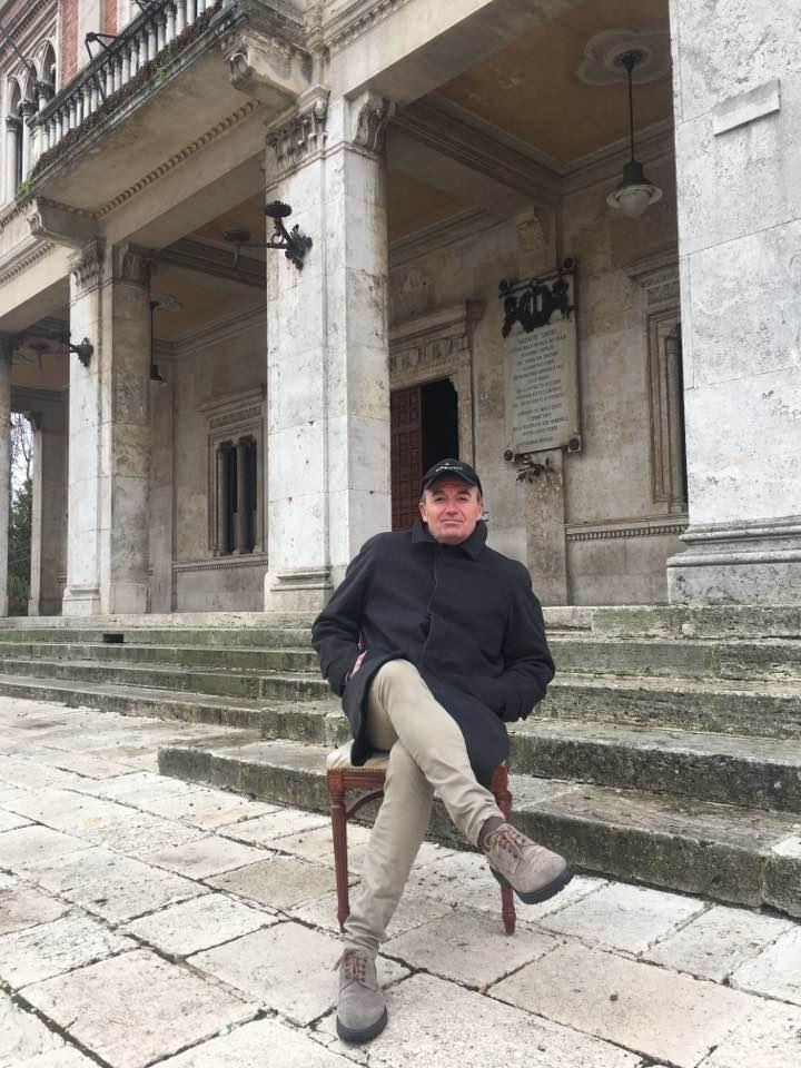 """Bianchini agli avezzanesi: """"Venite con una sedia davanti al Comune e progettiamo qualcosa per il bene della città"""""""