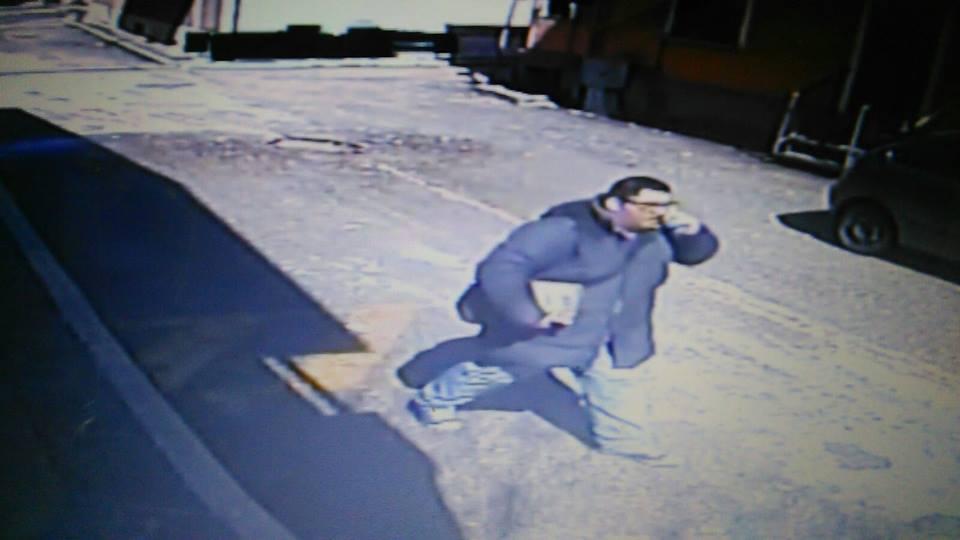 Truffa gli anziani: la Polizia diffonde la foto del sospettato