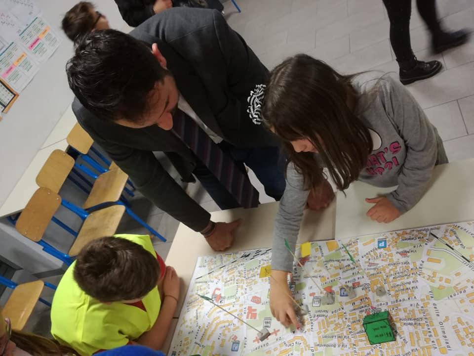 """""""Piedibus"""" un progetto interamente sviluppato dalla classe quinta A della scuola Don Bosco di Avezzano"""