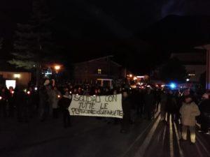 Manifestazione di solidarietà nei confronti del sindaco e gli indagati di Capistrello