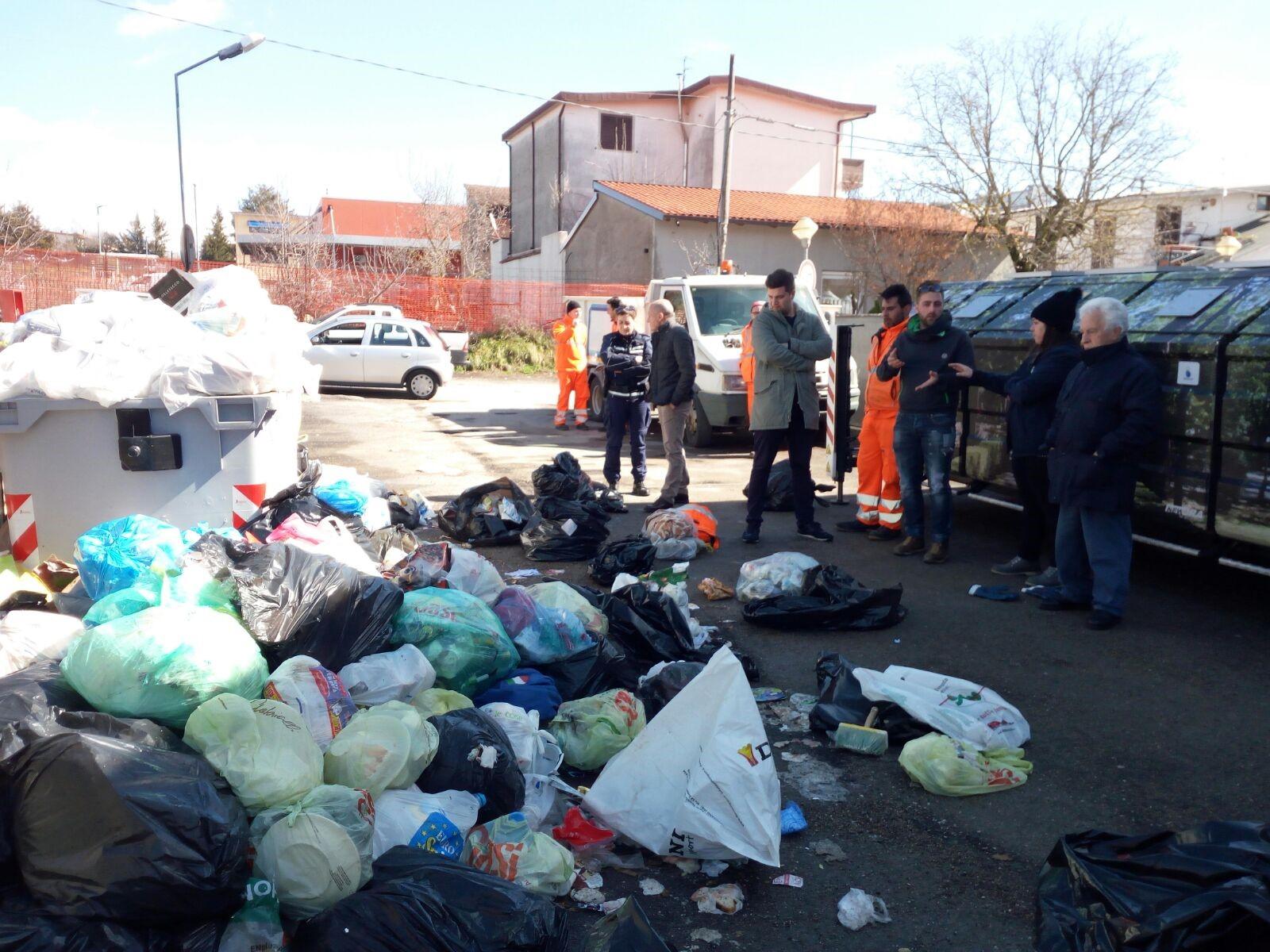 Lotta ai rifiuti abbandonati e non riciclati, scovati altri 25 trasgressori