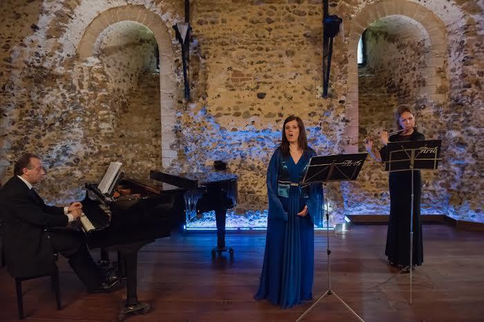 Applausi in Inghilterra per il Trio Aria con il Soprano Ilenia Lucci