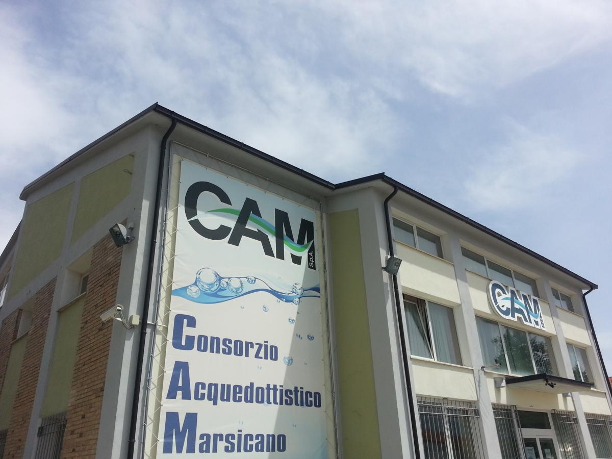 Fornitura acqua, Zingaretti azzera il debito col Cam