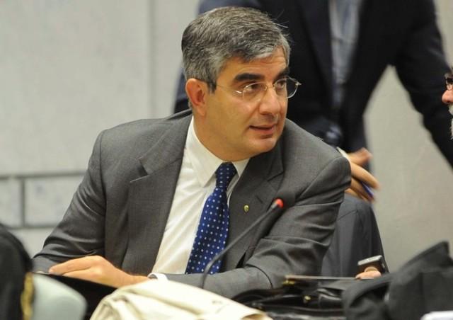 Corruzione, turbativa d'asta e abuso d'ufficio, indagato il presidente Luciano D'Alfonso