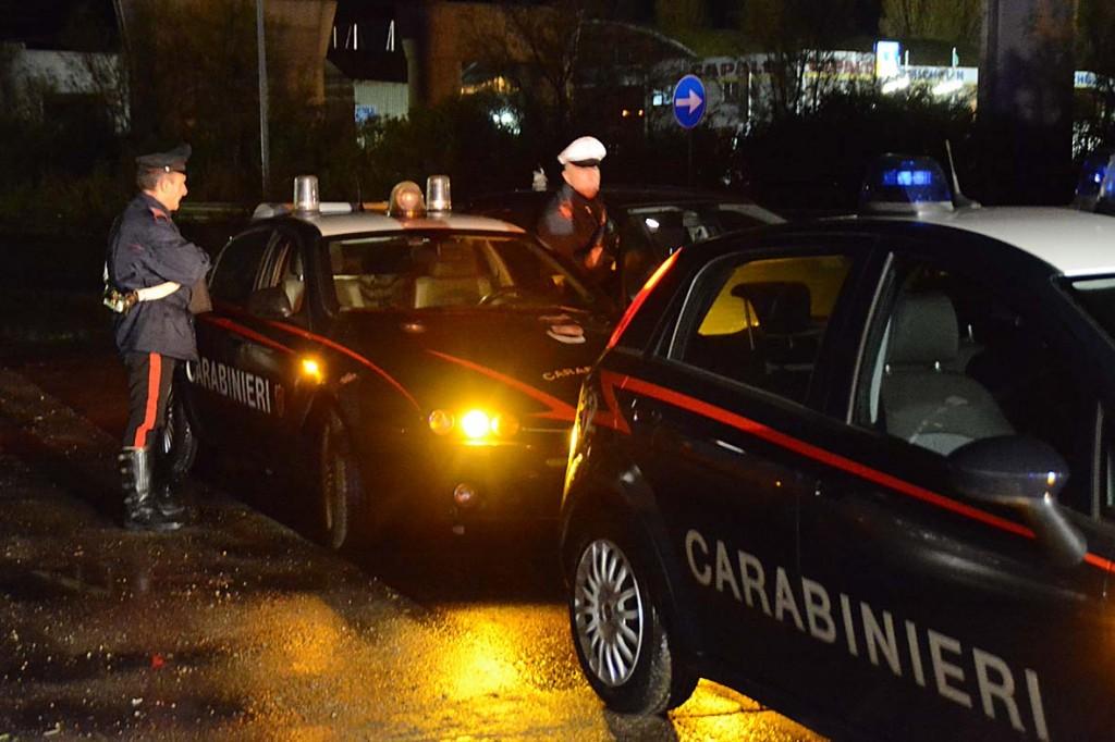 Colpi d'arma da fuoco davanti al bar: tragedia sfiorata a Celano