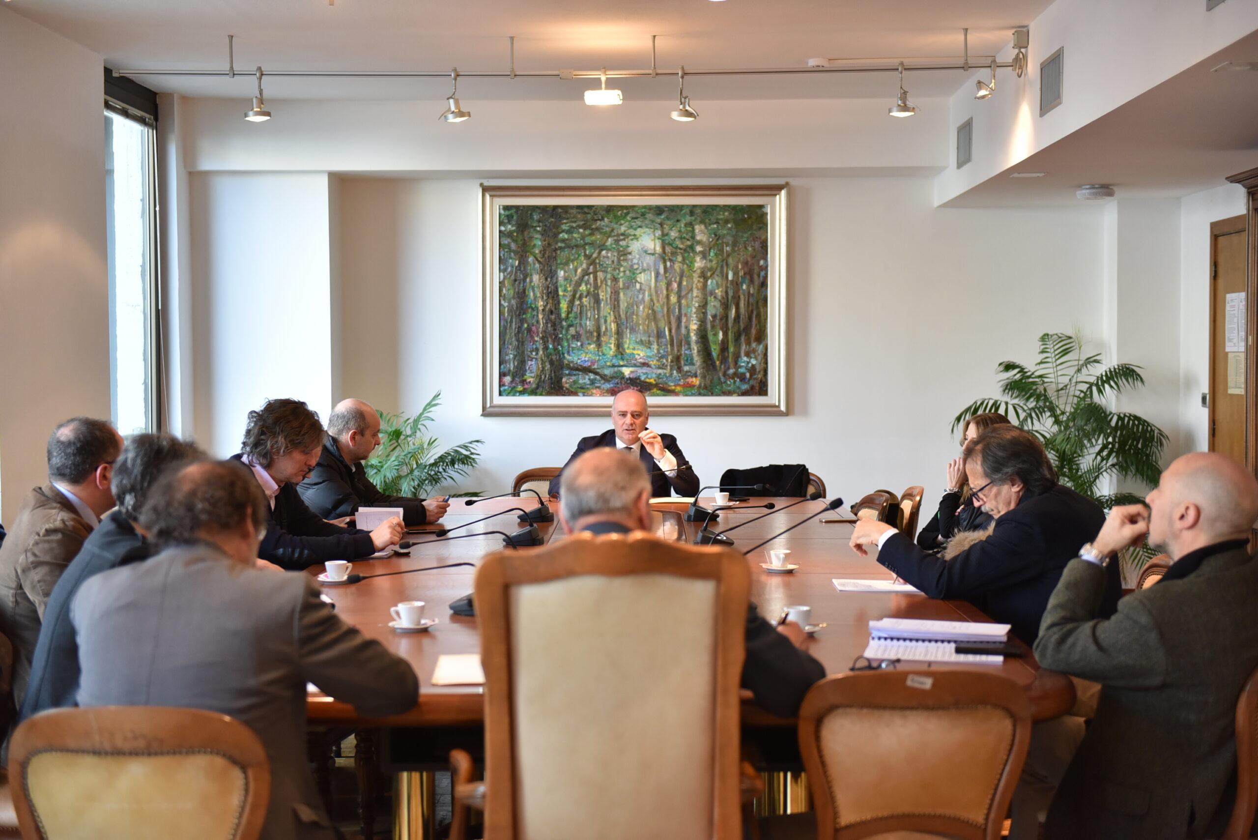 """Commissione regionale per la salvaguardia dei tribunali minori, il sindaco De Angelis illustra la convenzione salva tribunale: """"Atto immediatamente fattibile, ora intervenga il Governo"""""""
