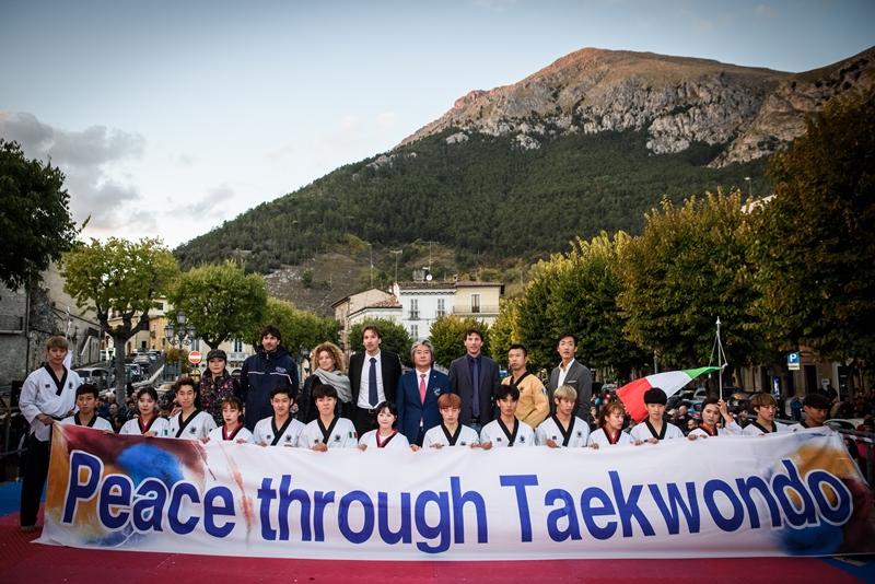 Taekwondo a Celano. Lucio Cotturone replica al consigliere Marianetti