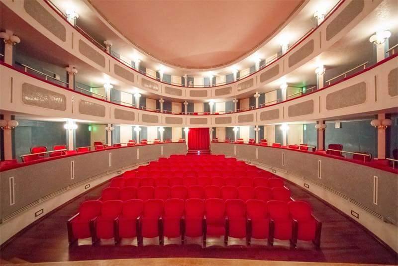 Grande attesa e biglietti in esaurimento per lo spettacolo con Lino Guanciale il 21 aprile al teatro Talìa di Tagliacozzo