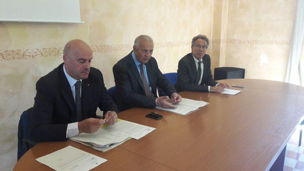 """Conferenza stampa sui """"Nuovi incentivi per le imprese della Regione Abruzzo"""""""