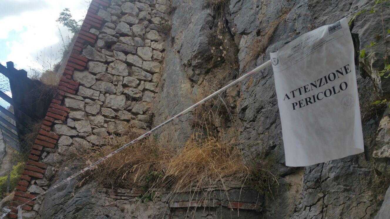 """Chiusura di via Cotarda, a Pietrasecca, l'intervento dell'ex sindaco D'Antonio: """"Stravag(c)anze amministrative"""""""