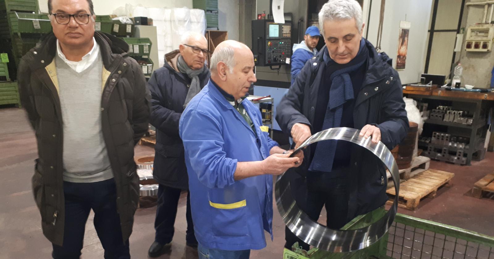 Il senatore Quagliariello in visita nelle aziende di Carsoli e Trasacco
