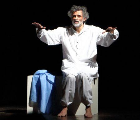 Enrico Lo Verso torna al teatro e diventa Uno nessuno e centomila a Tagliacozzo