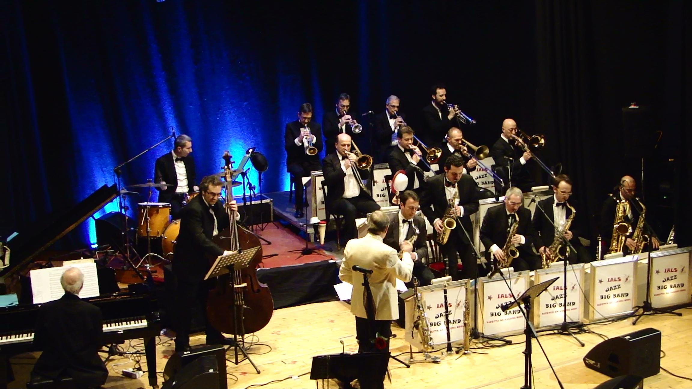 Grande successo per la Ials Jazz Big Band nel concerto inaugurale dell'Officina Culturale