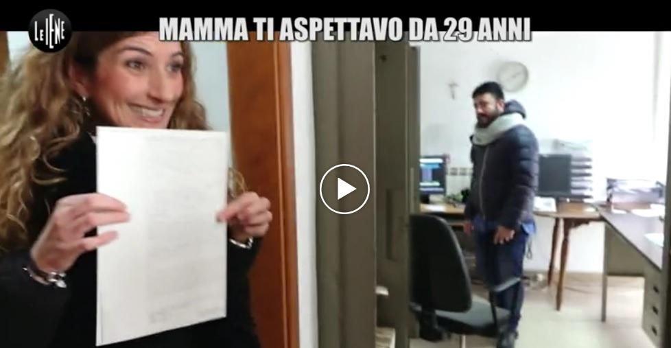 Avezzano: ritrova il figlio dopo 29 anni grazie a Le Iene   VIDEO