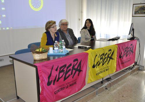 """All'IIS Majorana con """"Libera""""per la Giornata della Memoria delle vittime delle mafie"""