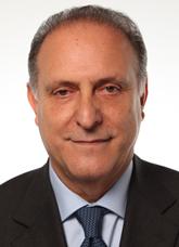 """Avezzano, l'europarlamentare Lorenzo Cesa inaugura la nuova """"casa"""" dell'Udc"""