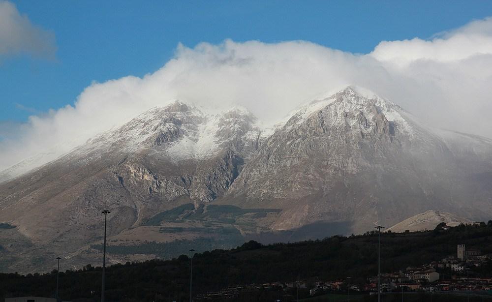 Temperature in forte calo e prima neve sul Monte Velino