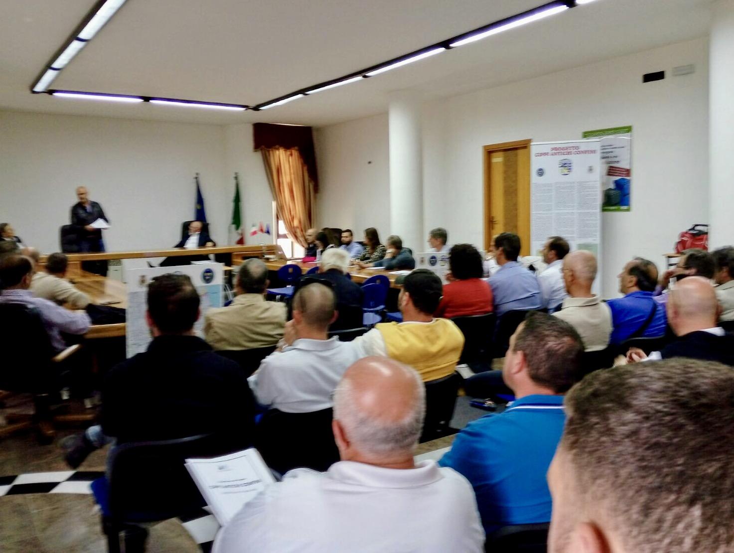 """Incontro tra amministratori e associazione per il progetto """"Cippi, antichi Confini"""""""