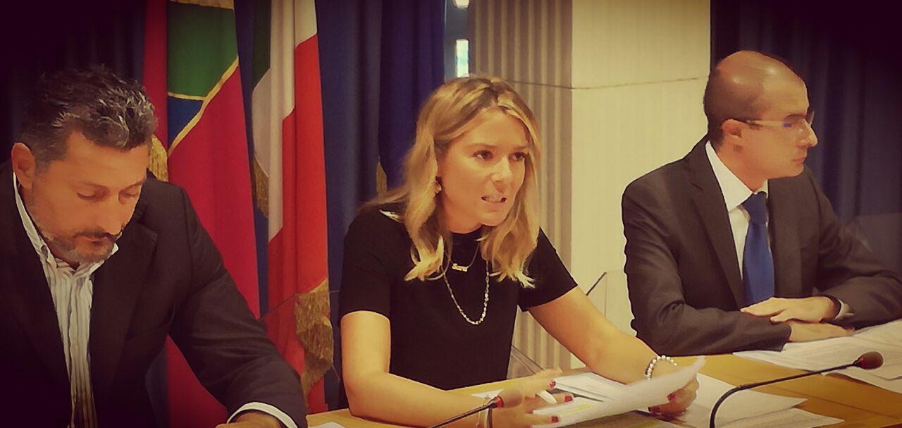 Il M5S Abruzzo chiede a Gentiloni il commissariamento della giunta Pd