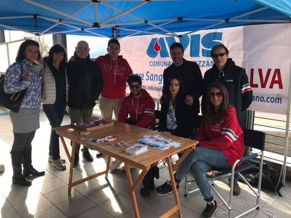 La rottura dell'autoemoteca impedisce la donazione di sangue: l'AVIS non di arrende e dedica l'intera mattinata alla campagna di sensibilizzazione