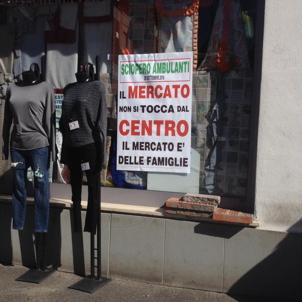"""Trasferimento del mercato: chiesta una convocazione urgente del Consiglio. L'opposizione """"Il sindaco da che parte sta?"""""""