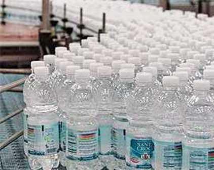 Santa Croce, stop a trattativa con la Regione per l'acquisizione di 8 milioni di bottiglie d'acqua custodite a Canistro
