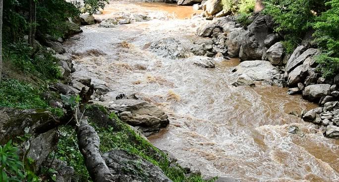 """Innalzamento dei livelli di torbidità dell'acqua presso le sorgenti """"Liri"""". A rischio la fornitura idrica"""