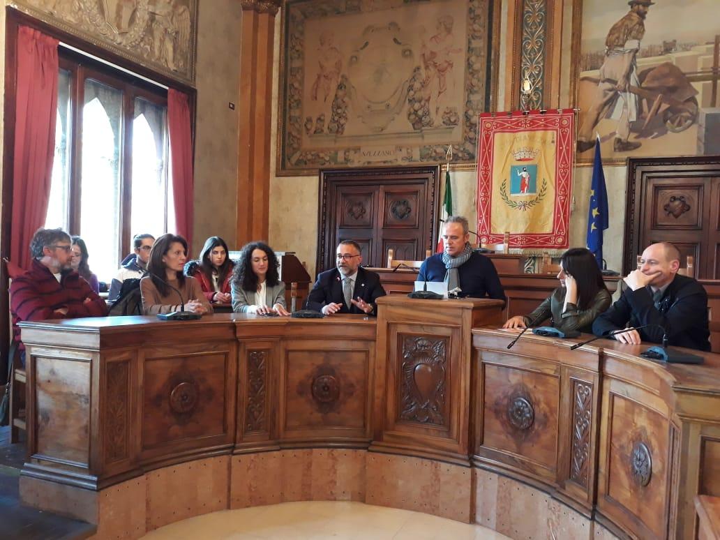 """Avezzano, è stata presentata la giornata nazionale dell'Albero che verrà celebrata domani al valico della Riserva """"Monte Salviano"""""""