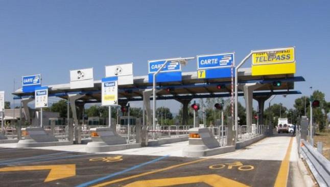 """Autostrada dei Parchi, """"Adesso i cittadini pagheranno attraverso le casse della Regione"""""""