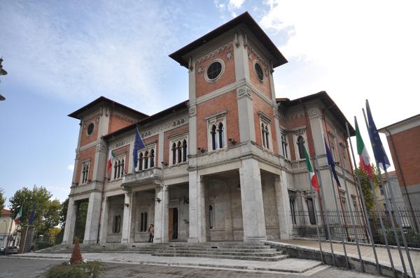 """Sospensione del Sindaco Di Pangrazio, Confesercenti: """"le imprese di Avezzano hanno bisogno di certezze"""""""
