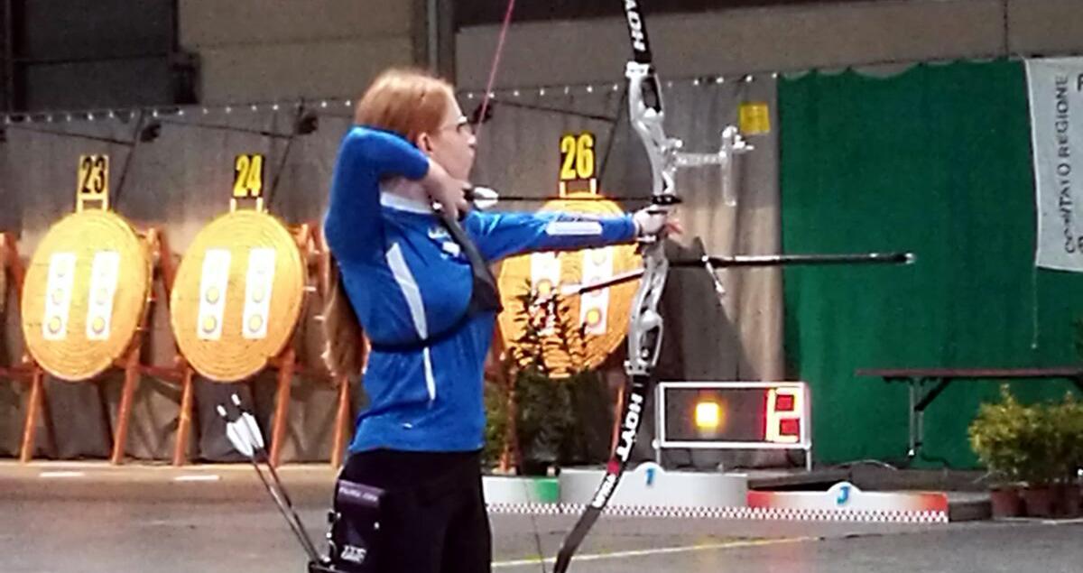 Due atlete di Avezzano sul podio dei campionati regionali indoor di tiro con l'arco