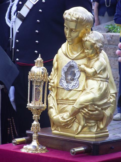A Ovindoli sta per arrivare la Reliquia di S. Antonio da Padova