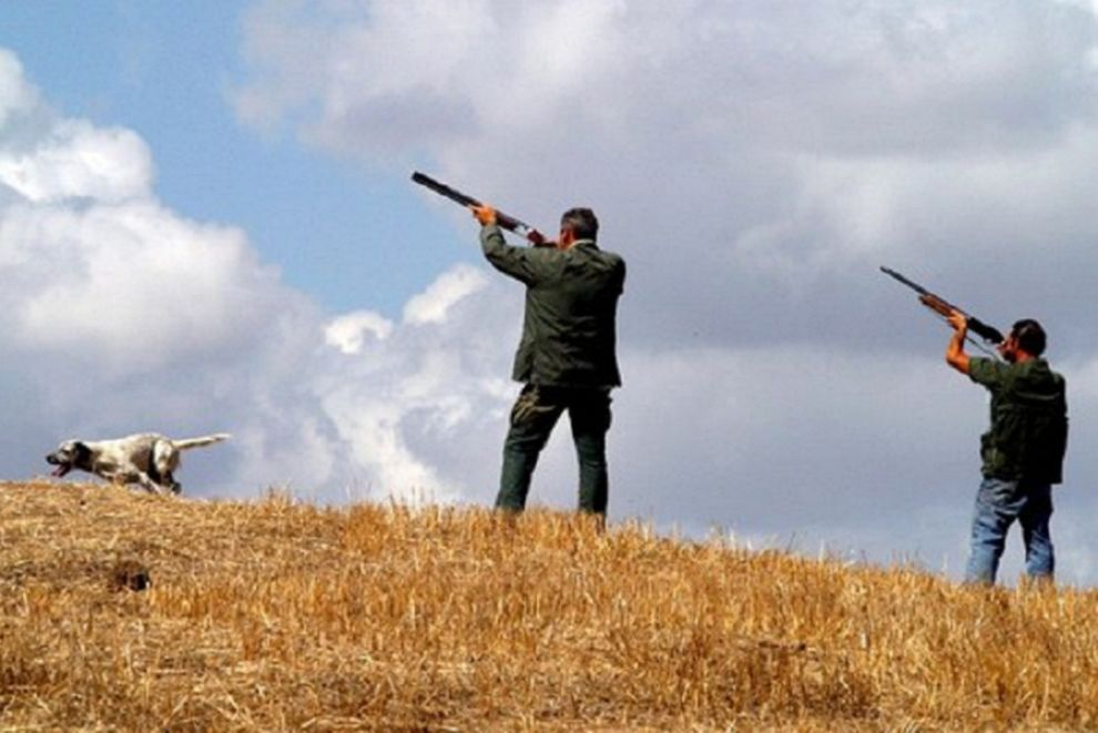 """""""Sì aboliamo la caccia"""", presso il Comune di Pereto la raccolta firme per la modifica della Legge 157/1992"""