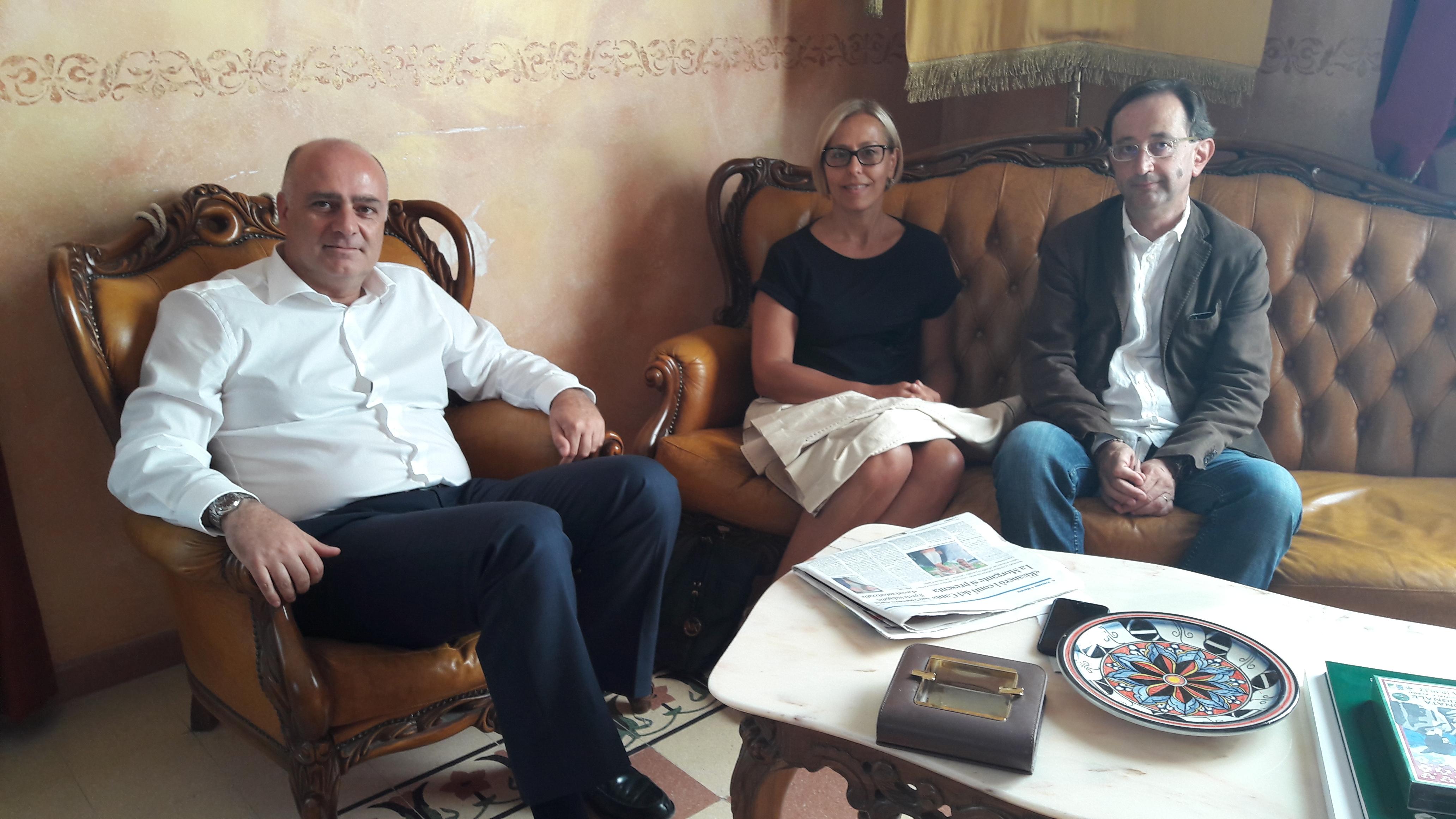 Prima visita in Comune della neoeletta presidente del Cam Manuela Morgante