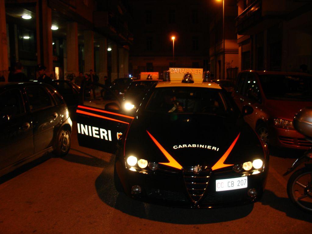 Tentano di investire un Carabiniere per sfuggire al controllo, arrestati