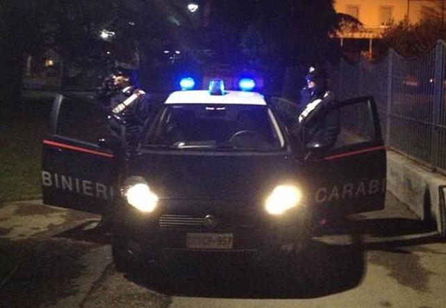 Spaccio di droga, arrestato in piena notte a San Benedetto un 23enne italiano