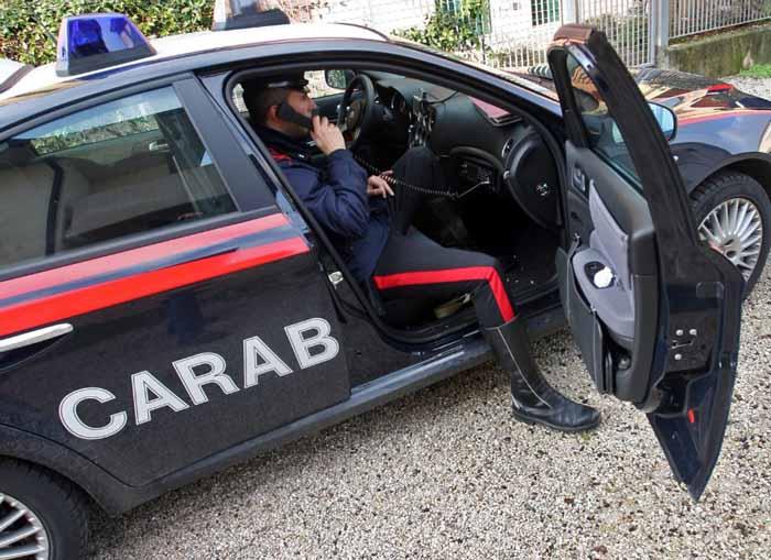 """""""Ruba"""" 23mila euro allo zio e li gioca al Bingo. Denunciato dai carabinieri"""