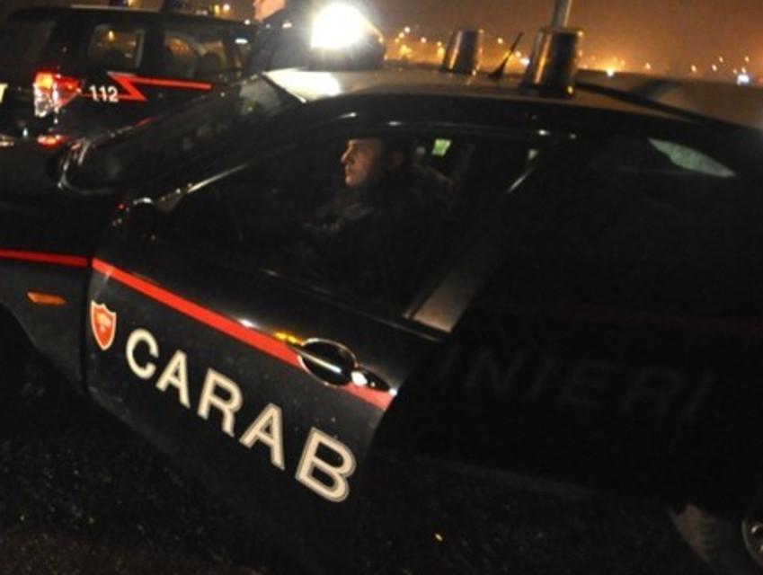 Botte e testata in faccia a un carabiniere ma per alcuni testimoni 'inciampò': a giudizio
