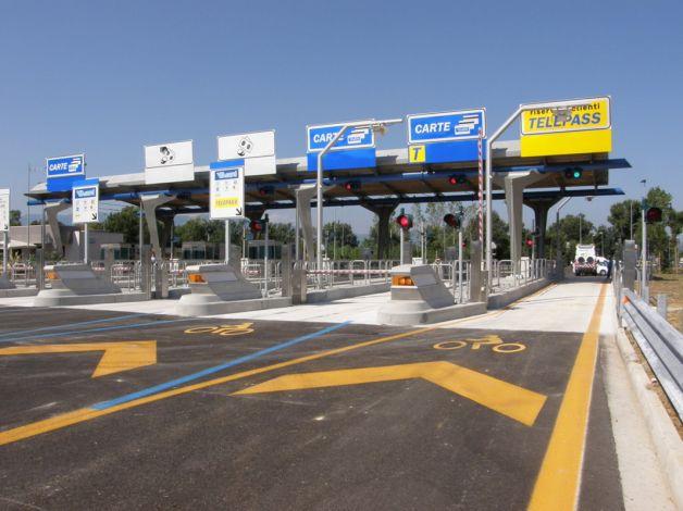 Autostrada A25, Il 7 dicembre, chiusura notturna dello svincolo di Aielli/Celano