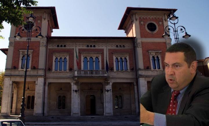 Staff del sindaco Di Pangrazio, Carducci lascia