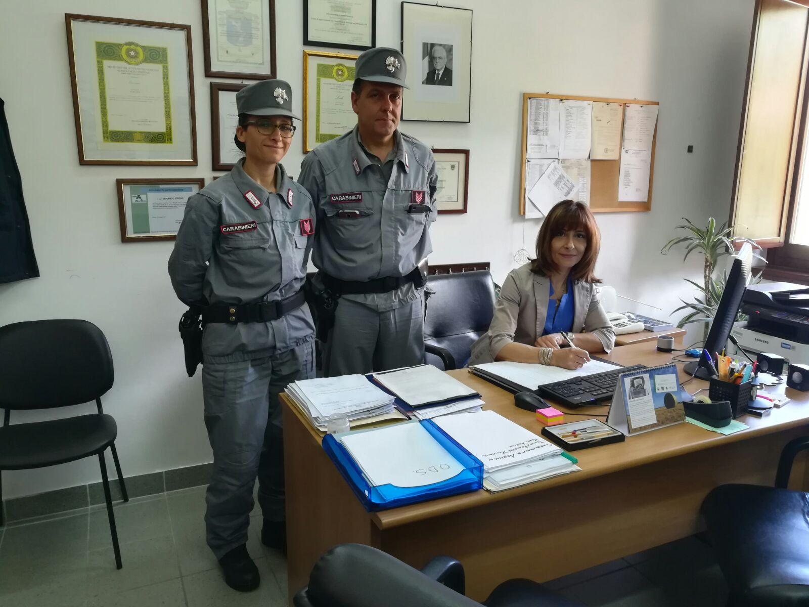 Visita interistituzionale del sindaco Amiconi e dei carabinieri al centro visite di Magliano. Obiettivo: tutelare la natura